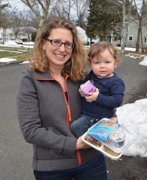 SAGE Eldercare Meals on Wheels Volunteer Courtney and her daughter Norah